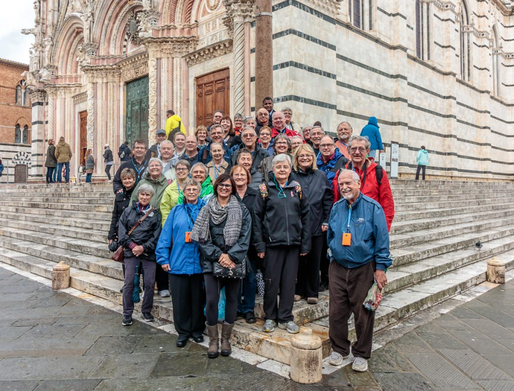 Group Photo in front of the Duomo