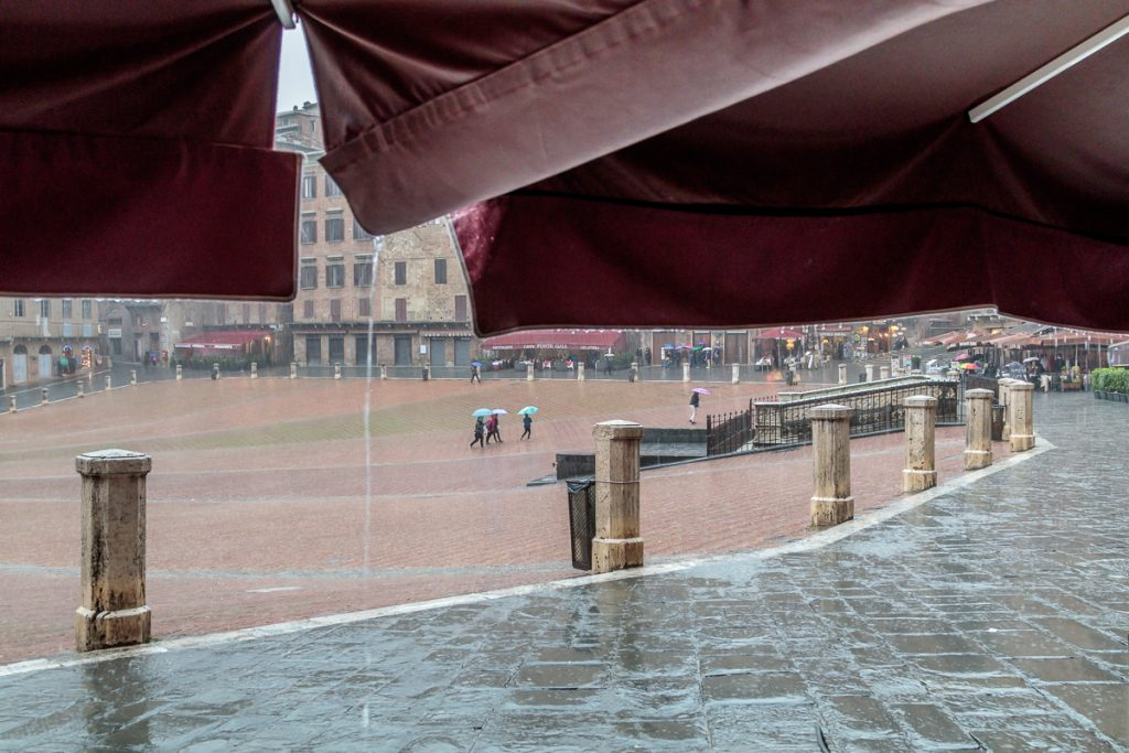 Rain in the Piazza