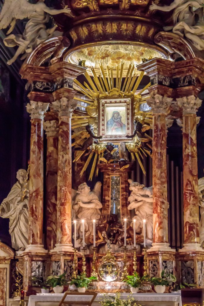 High Alter of Santa Maria in Traspontina