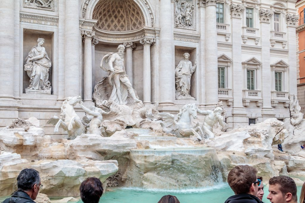 Details of Trevi Fountain